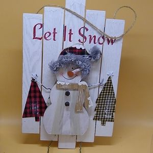 Let snow door plaque